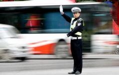 驾驶员和乘车人交通行为规范