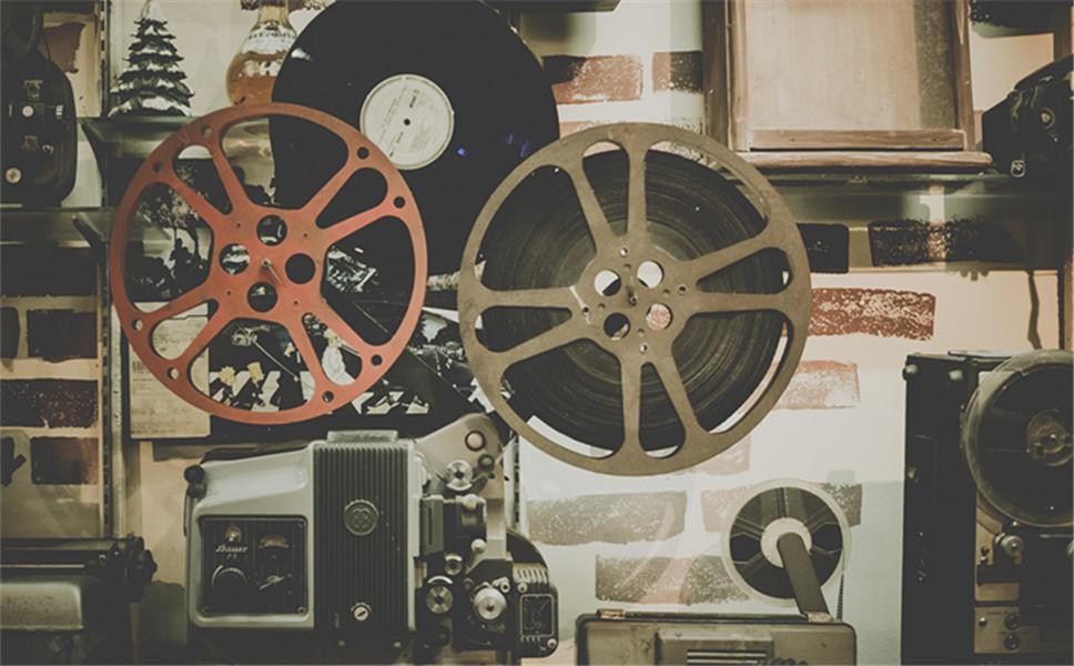 私人影院播放热门电影是否侵权?