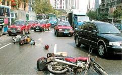 交通肇事逃逸自首的行为应该如何进行处罚