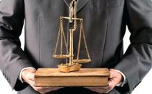 辩护律师的四种权利,怎么收费?
