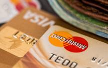 使用作废的信用卡构成什么罪