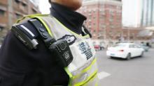 公安民警滥用职权骗补偿款获刑