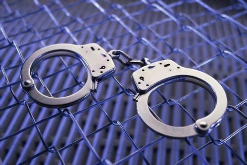 论贪污罪中的几个问题