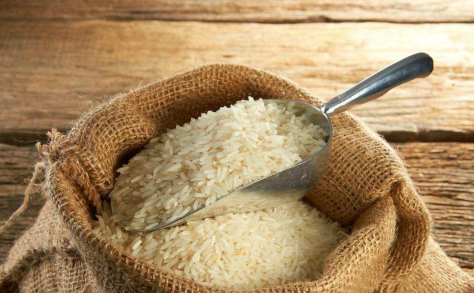 震惊!孩子吃的竟是生虫的米?幼儿园食品安全如何保障?
