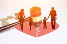 离婚律师费用是多少,由谁承担