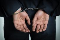 """男子抢劫被""""反杀"""",抢劫罪如何判刑,抢劫罪中正当防卫如何认定?"""