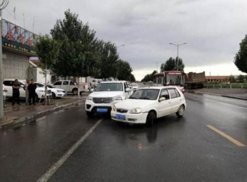 两车相撞交通事故责任怎么承担