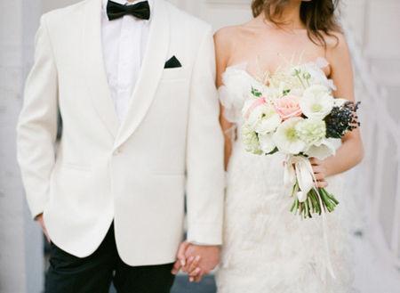 事实婚姻离婚怎么离婚,事实婚姻离婚财产纠纷怎么解决