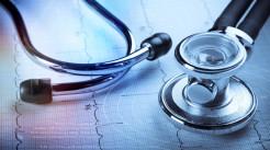 延误病人治疗并导致死亡法律规定处罚什么...