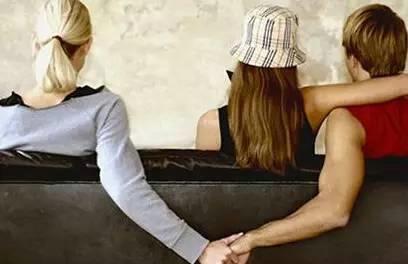 婚后男方有了外遇法律会判决男方净身出户吗?