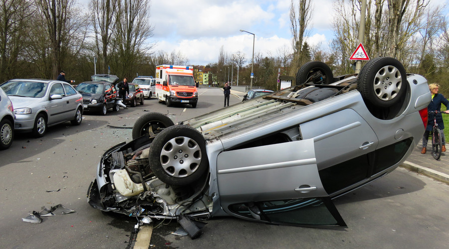 发生重大交通事故致人死亡驾驶证会被吊销吗