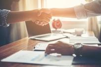 办理公司变更的手续,公司变更后的法律后果是什么
