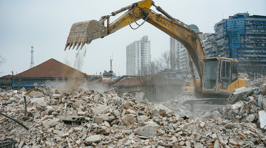 违法建筑可以强拆吗