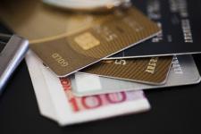 法律规定贷款的利息不能超过多少...
