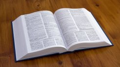 立案回执单与立案告知书是一样的吗...