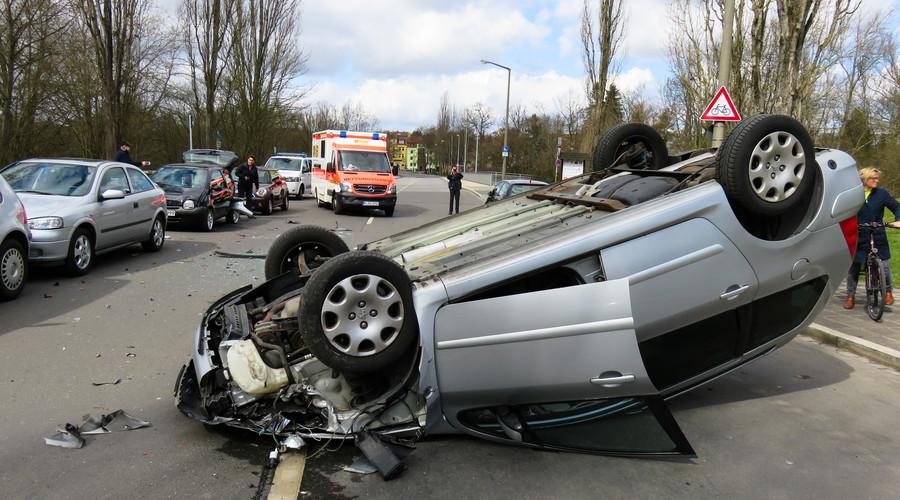 交通事故伤残赔偿金由谁承担