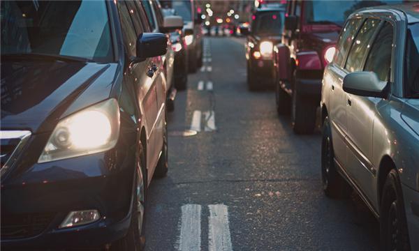 老年代步车撞11人,我国交通事故是怎么认定的