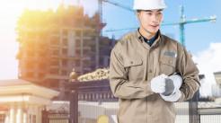 建筑工程意外险是由工人购买还是建筑商购买...