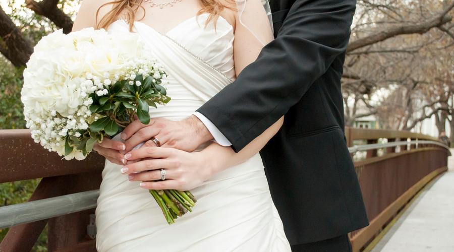 夫妻之间有扶养义务!看看法律怎么规定的
