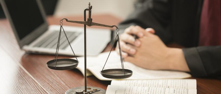 诉讼离婚后房产证除名该怎么操作