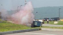 交通事故事后報警怎么處理