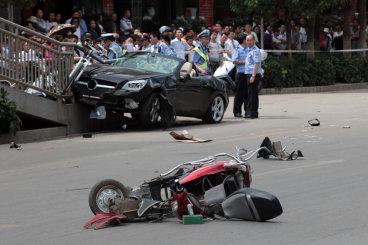 无证驾驶摩托车怎么处罚,要被拘留吗?