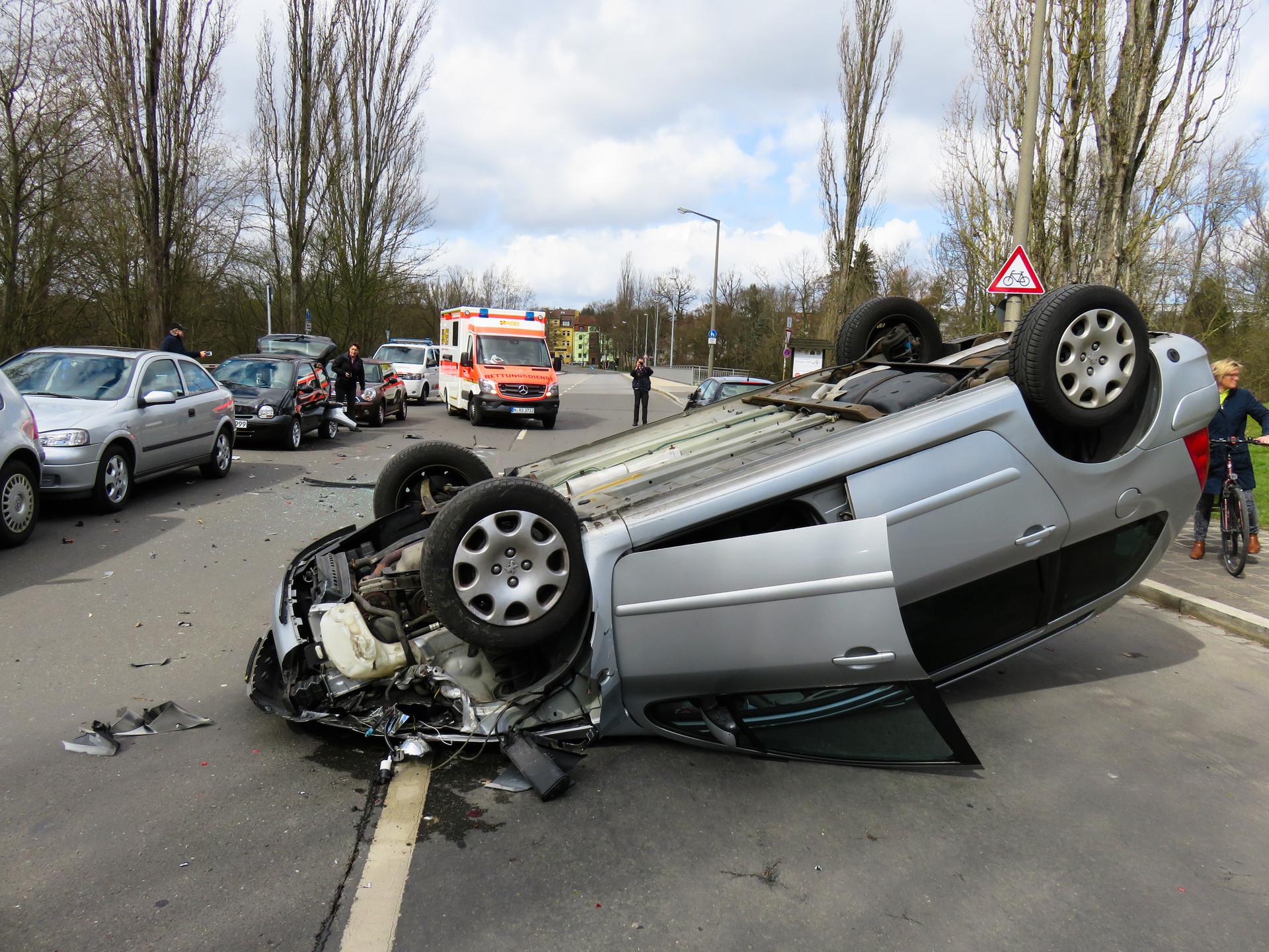 交通事故撞死人占主要责任方怎么处罚
