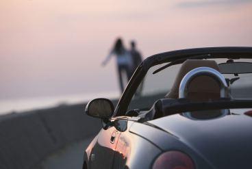 无牌无证小轿车驾驶被扣怎么处理?
