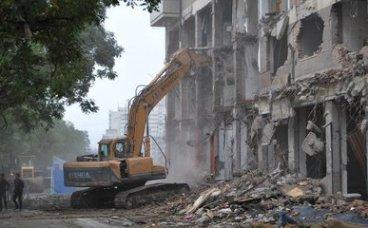 房屋拆迁户口冻结与解冻,拆迁冻结的地方一定会拆迁吗?