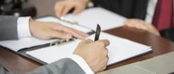 公司解雇不签字能生效吗...