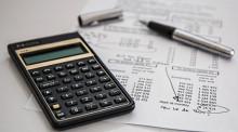 金融债务负担为负数的原因是什么