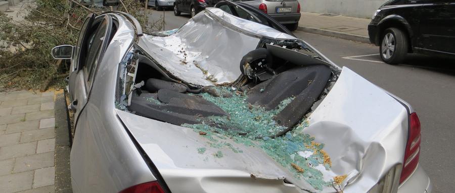 交通事故投拘一般多久