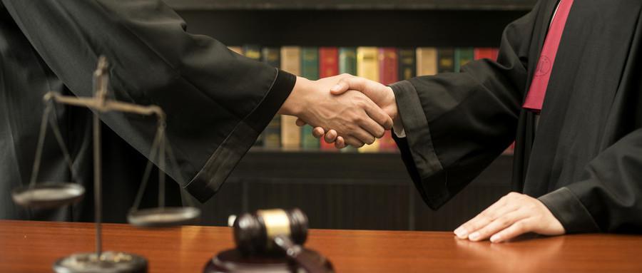 离婚案件可以找律师代理吗