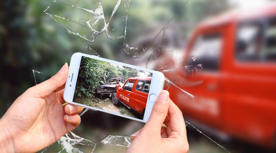 交通事故不配合处理被扣车怎么办