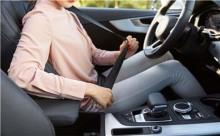 车撞脑震荡保险公司能赔多少钱