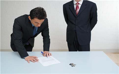 公司裁员要向社保部门备案吗